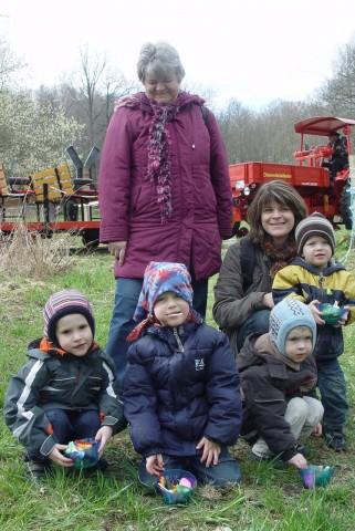 Gleich vier Osternester konnte diese Familie im letzten Jahr Meister Lampe stibitzen.